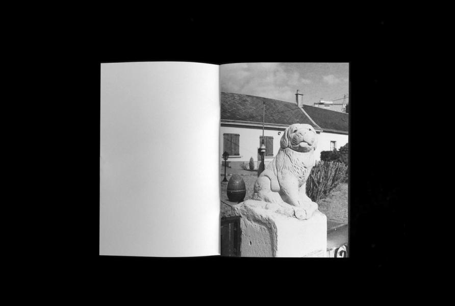 https://claraprioux.com:443/files/gimgs/th-320_Chateau-Fanzine-1_07.jpg