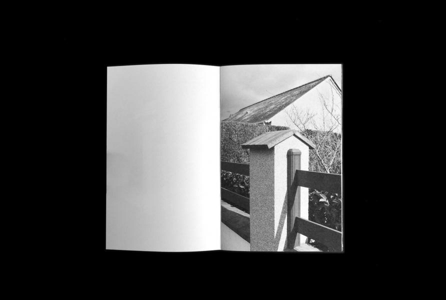 https://claraprioux.com:443/files/gimgs/th-320_Chateau-Fanzine-1_06.jpg